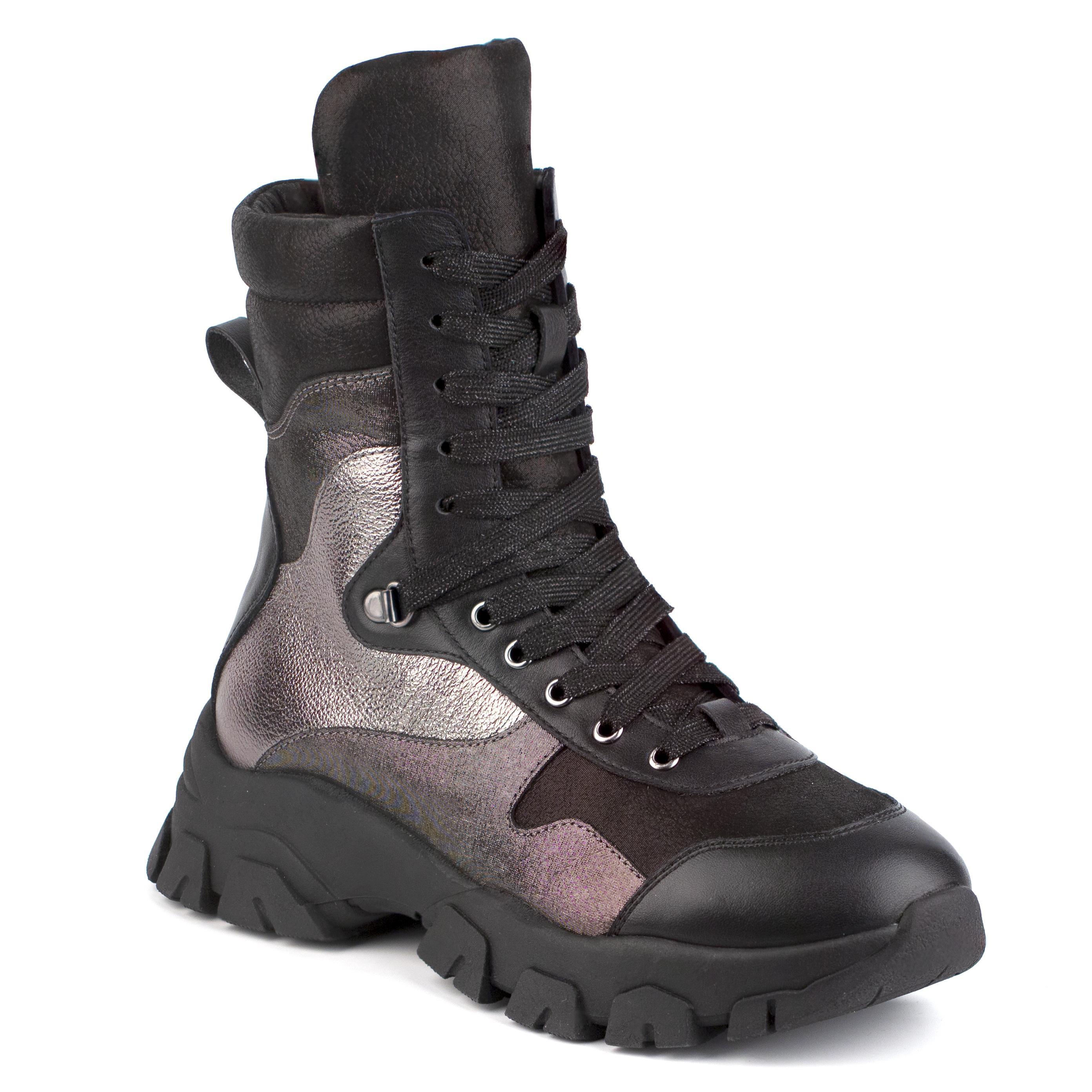 Shagovita Ботинки для девочки черно-серебристый 20СМФ 35-37 Девочка  65220ш черно-серебристый  (поступление 02.10.2020г.) цена 4400руб.